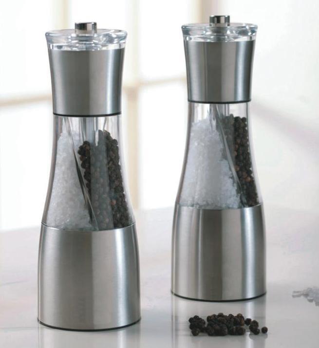 Dual purpose grinder & Pepper Mill & manual salt  and pepper shakers